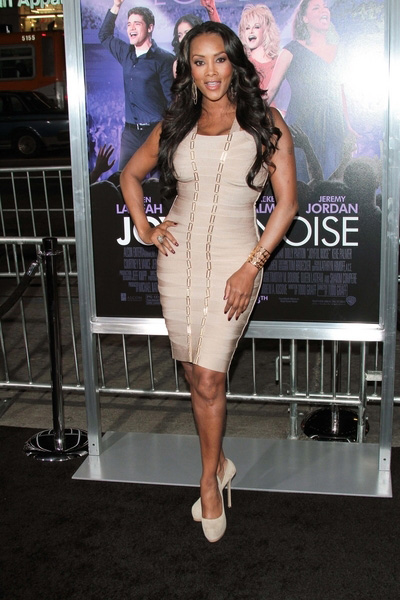 Vivica Fox looks pretty in nude